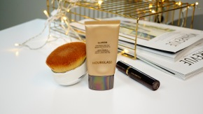 Rediscovered Love The Hourglass Illusion® Hyaluronic Skin Tint